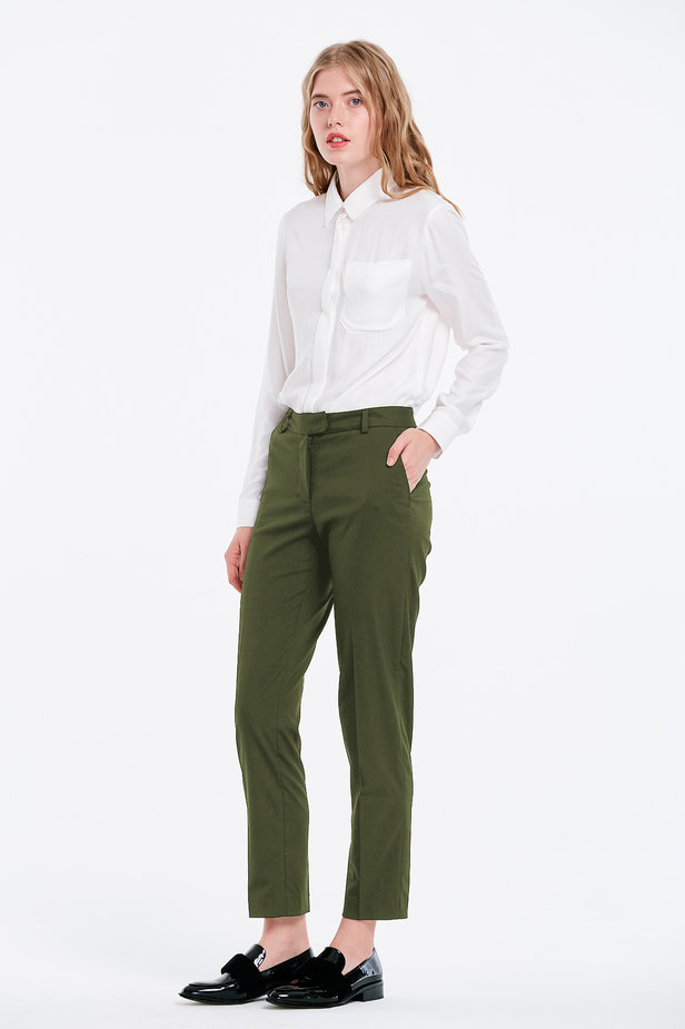 Short khaki trousers photo 3 - MustHave online store