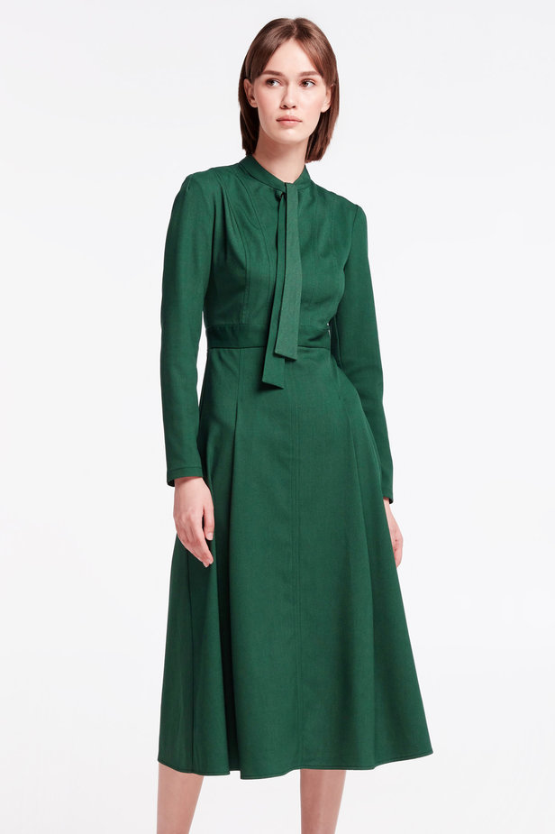 Green dress with a bow photo 1 - MustHave online store