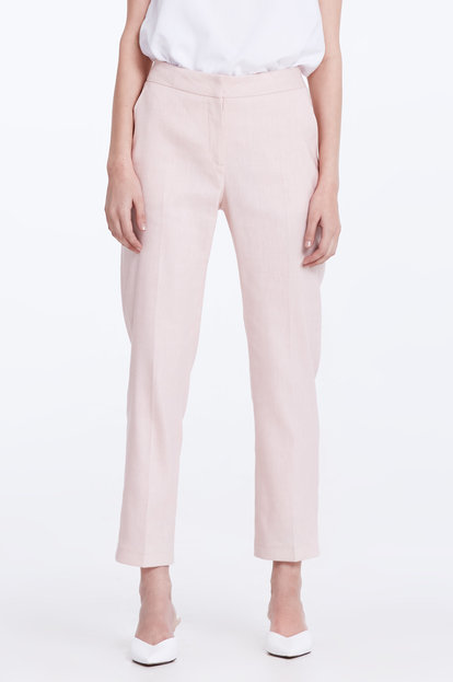 Short powder pink linen trousers