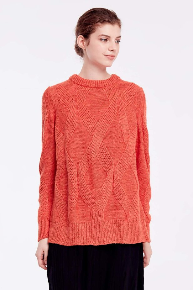 Orange free knit sweater photo 1 - MustHave online store