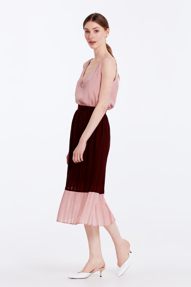 Below the knee pleated dark-red and powder pink skirt photo 3 - MustHave online store