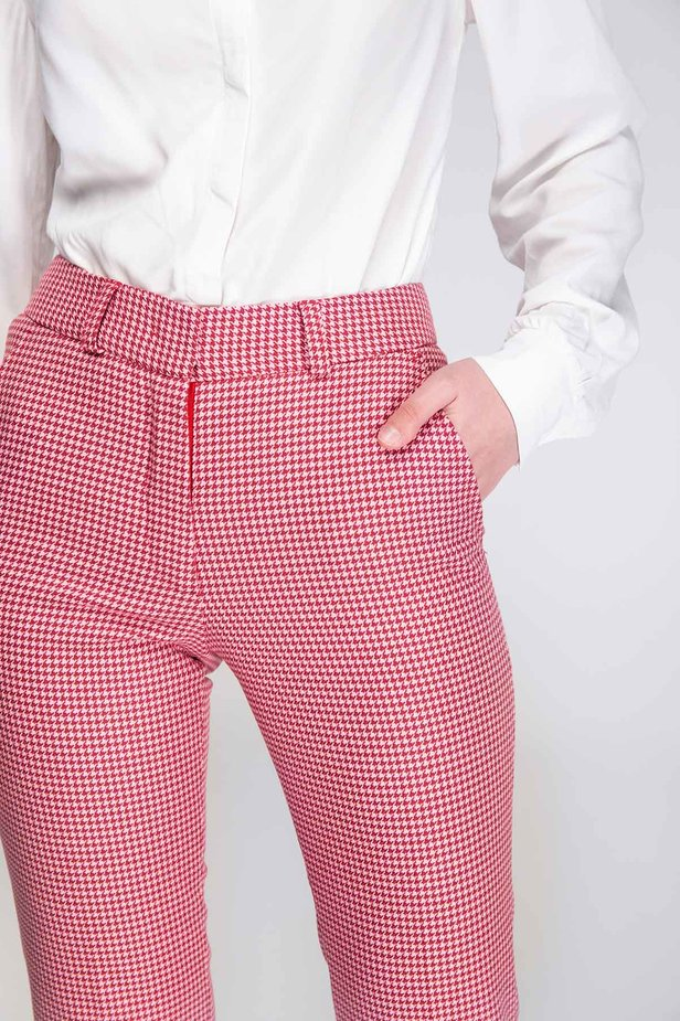 Pink-red houndstooth pants photo 6 - MustHave online store