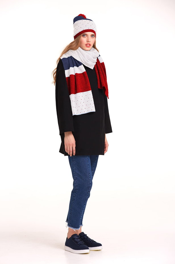 White scarf with red and blue stripes photo 3 - MustHave online store