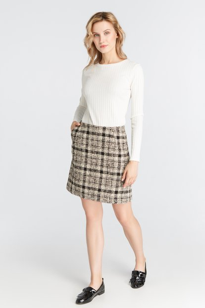 Mini-skirt in checkerboard cloth