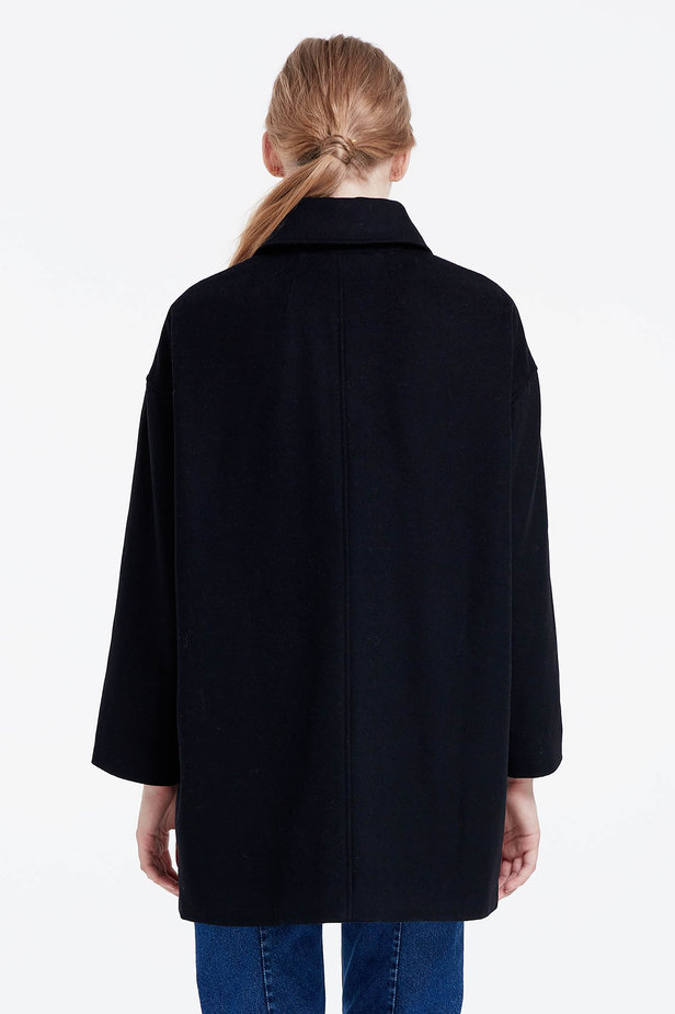 Black coat photo 4 - MustHave online store