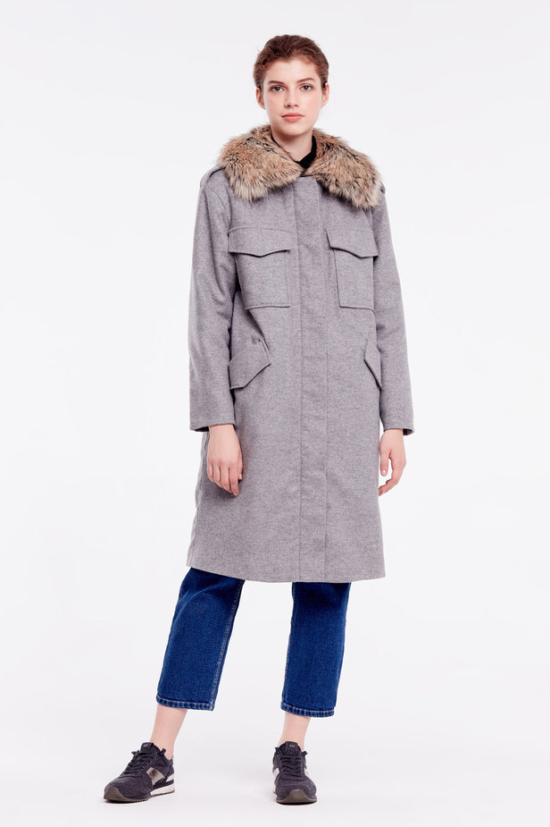 Grey coat with fur collar photo 2 - MustHave online store