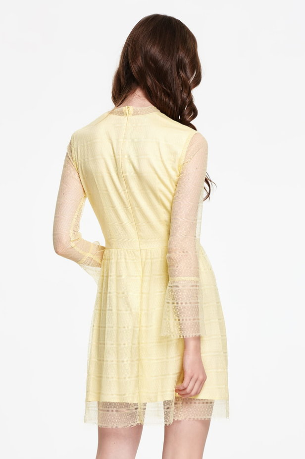 Mini yellow lace dress with flounced sleeves photo 5 - MustHave online store