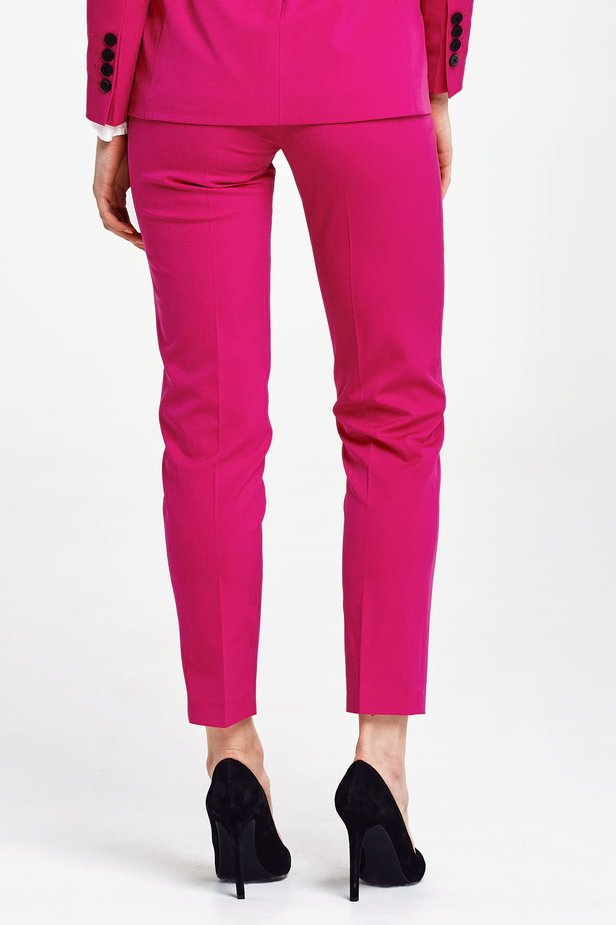 Short fuschia pants photo 4 - MustHave online store