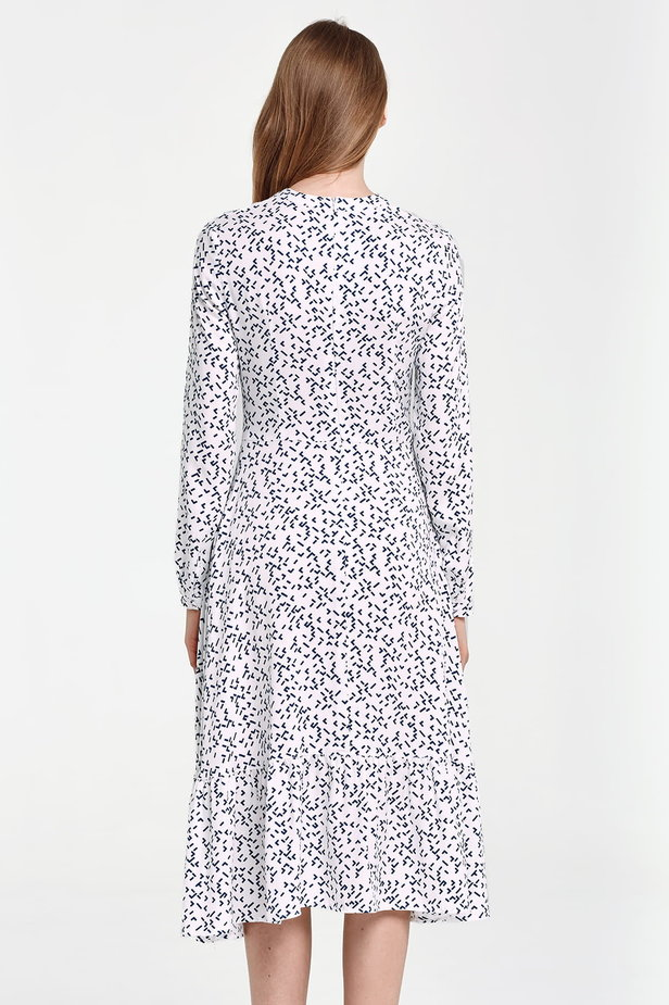 Midi dress with a flounce, blue geometric print photo 4 - MustHave online store