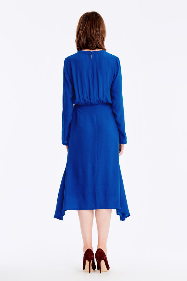 Blue dress with a keyhole photo 5 - MustHave online store