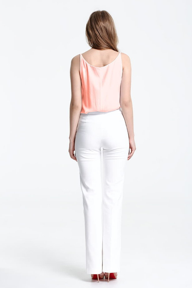 Peach top with a low neckline photo 4 - MustHave online store