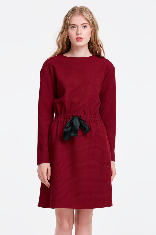 Wine dress with a black bow photo 1 - MustHave online store