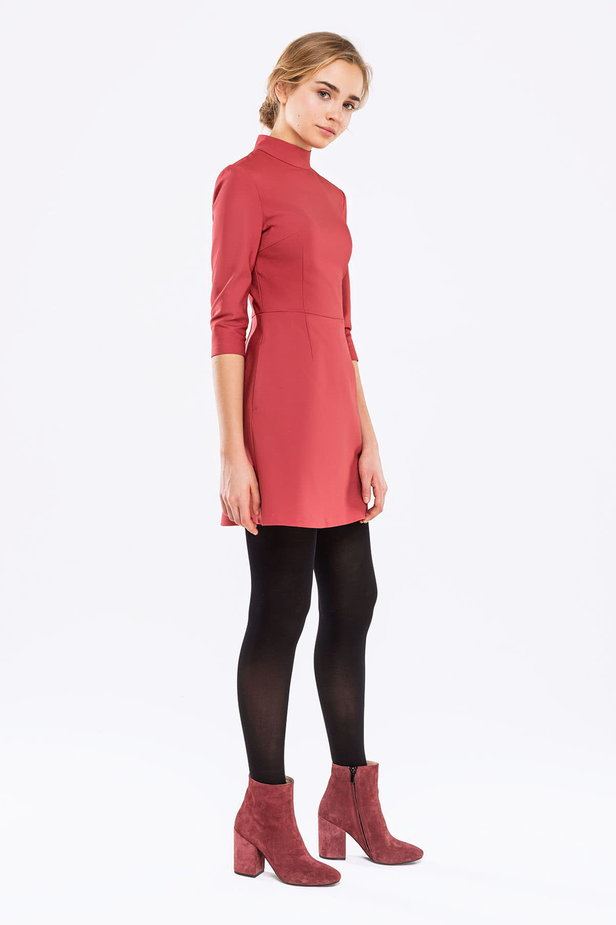 Pink A-line dress with a stand up collar photo 5 - MustHave online store