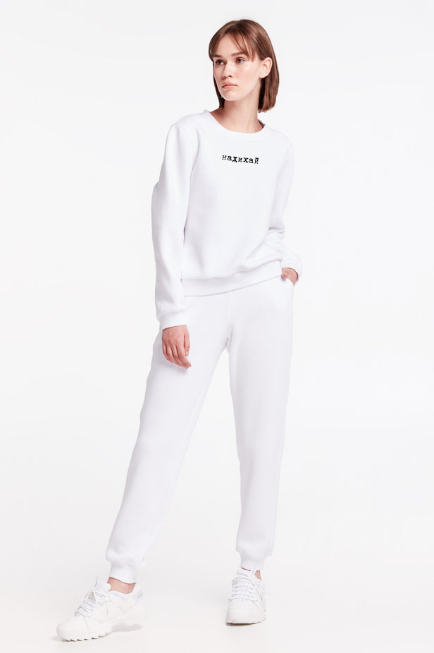 White sweatshirt with print and cuffs photo 4 - MustHave online store