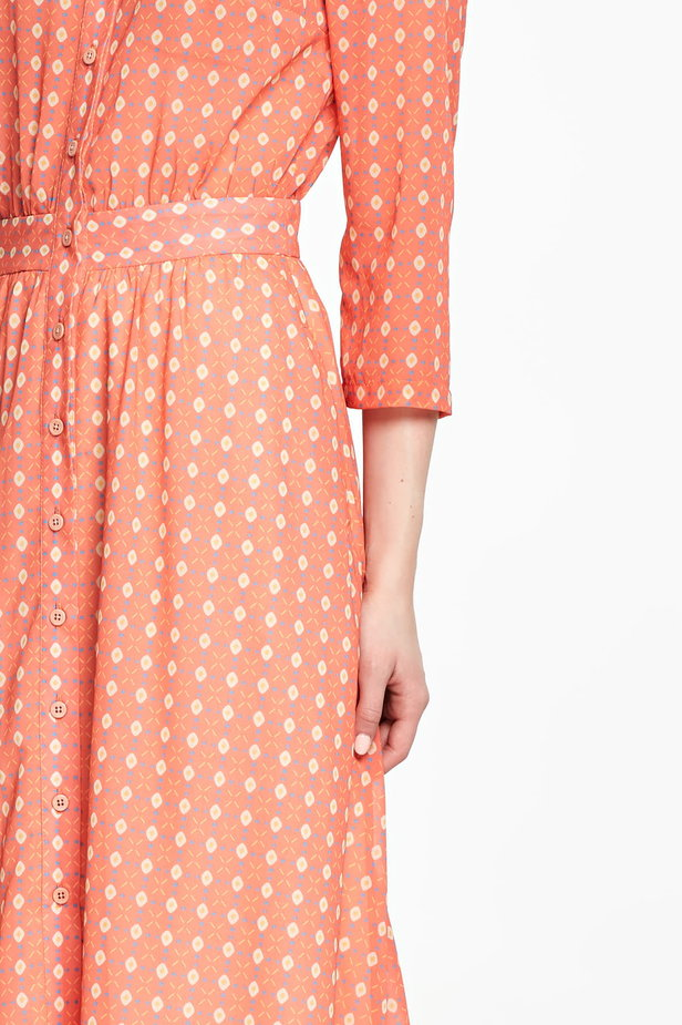 Orange shirt dress with rhombs photo 3 - MustHave online store