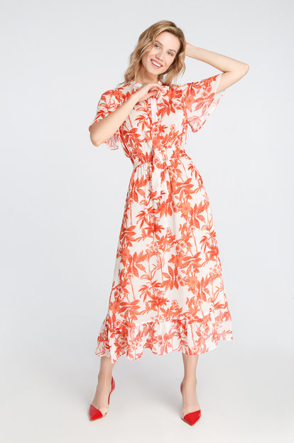 Midi dress in flowers with staps at the neck