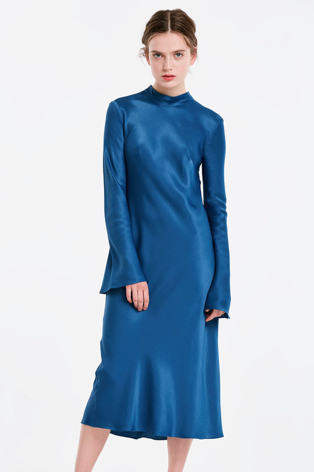 Blue dress with a bow at the back and flared sleeves photo 1 - MustHave online store