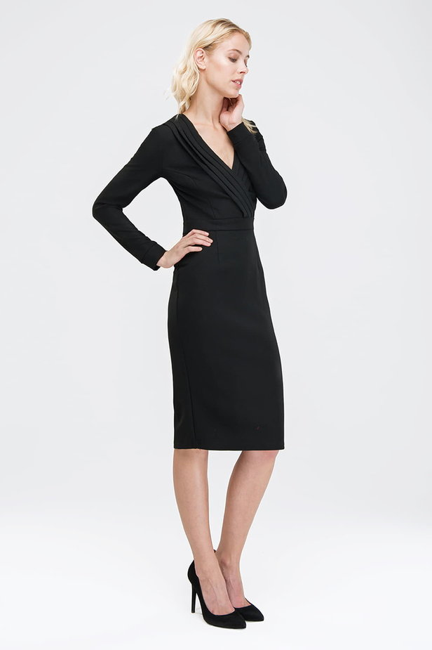 Black column dress with pleats on the chest photo 4 - MustHave online store