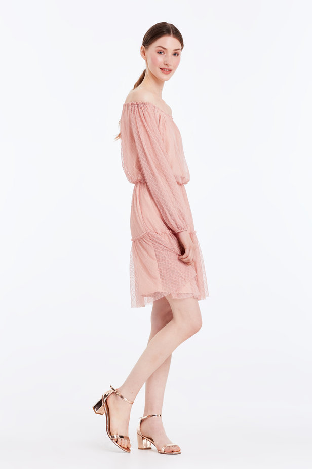 Off-shoulder powder pink lace dress photo 7 - MustHave online store