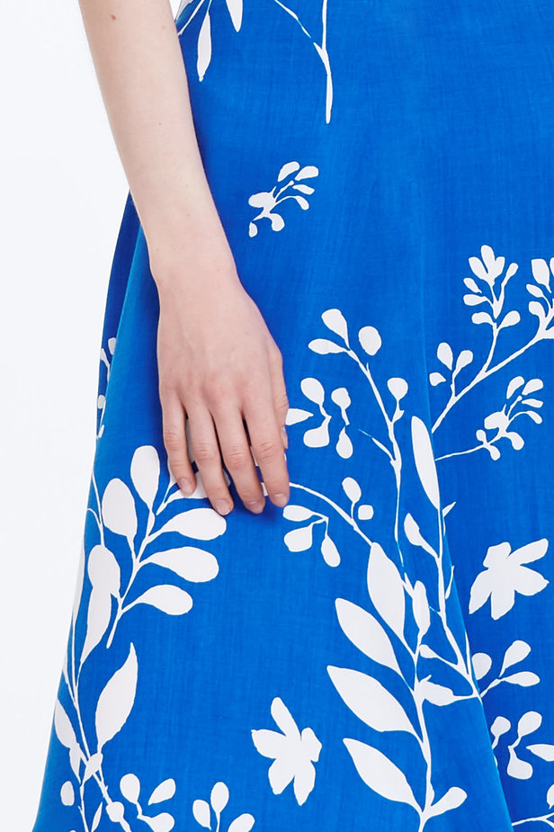 Midi blue skirt with white leaves photo 2 - MustHave online store