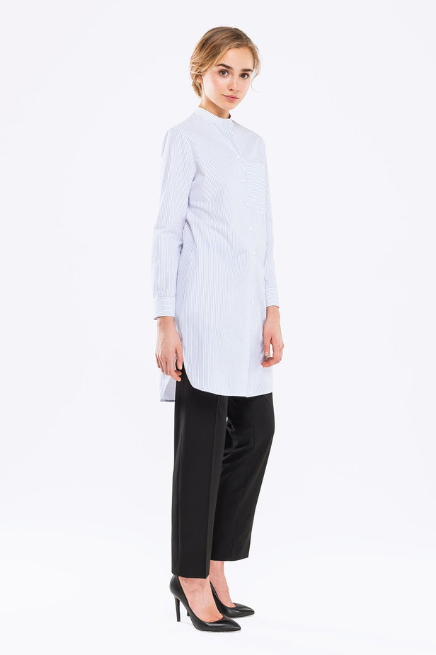 Long white shirt with blue stripes photo 5 - MustHave online store