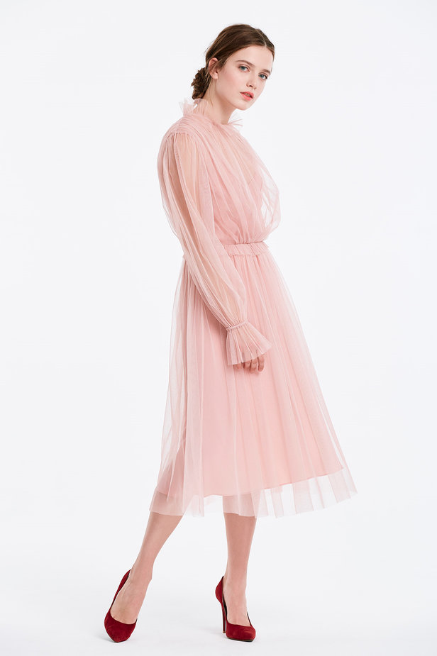 Below the knee powder pink dress with pleats photo 2 - MustHave online store