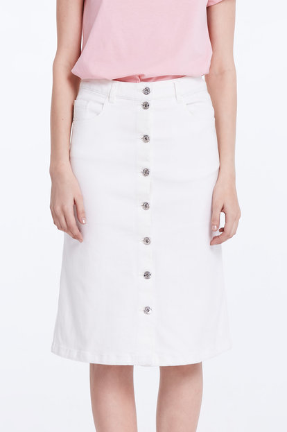 White denim skirt with buttons