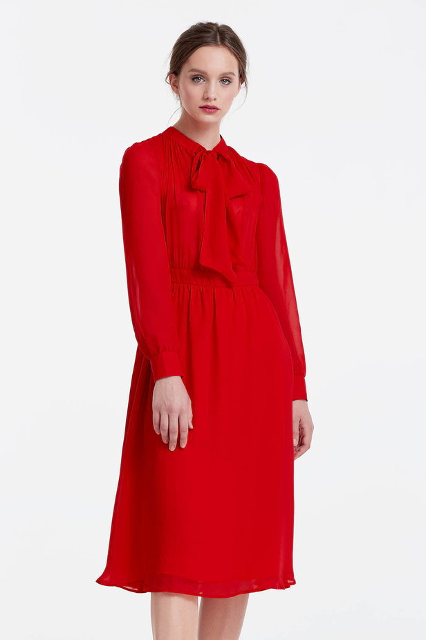 Below the knee red dress with a bow photo 1 - MustHave online store