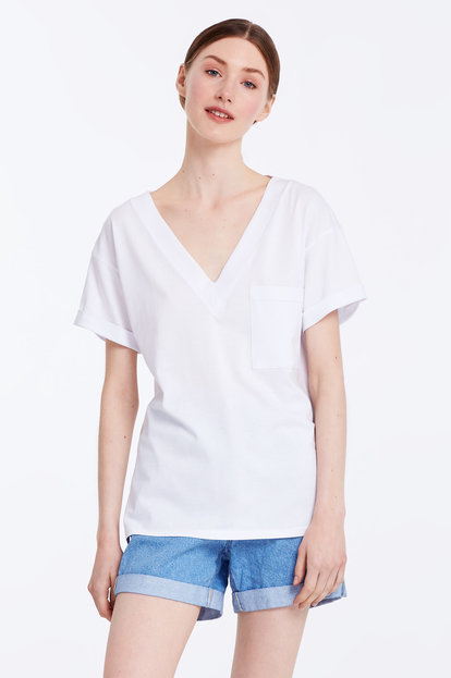 V-neck white T-shirt with a pocket
