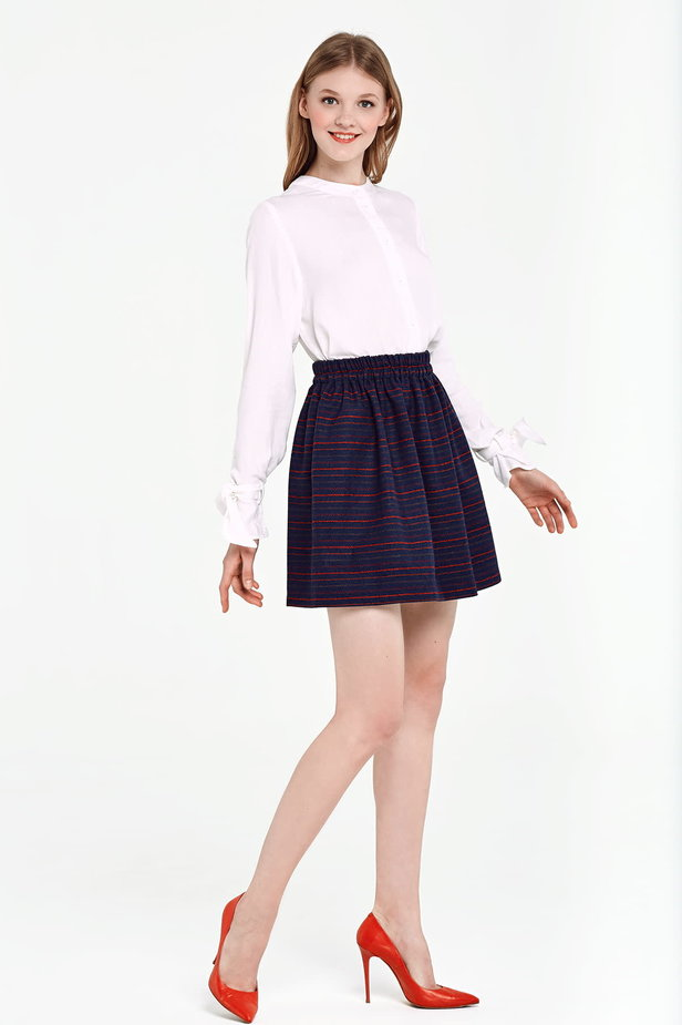 Dark blue skirt with an elastic waistband and red stripes photo 5 - MustHave online store