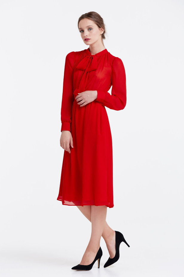 Below the knee red dress with a bow photo 2 - MustHave online store