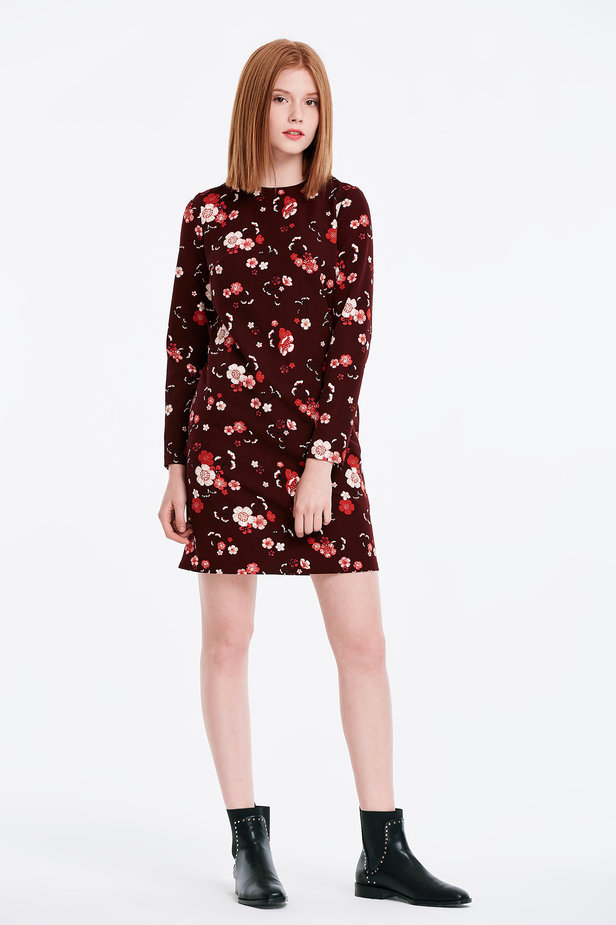 A-line burgundy dress with a floral print photo 4 - MustHave online store
