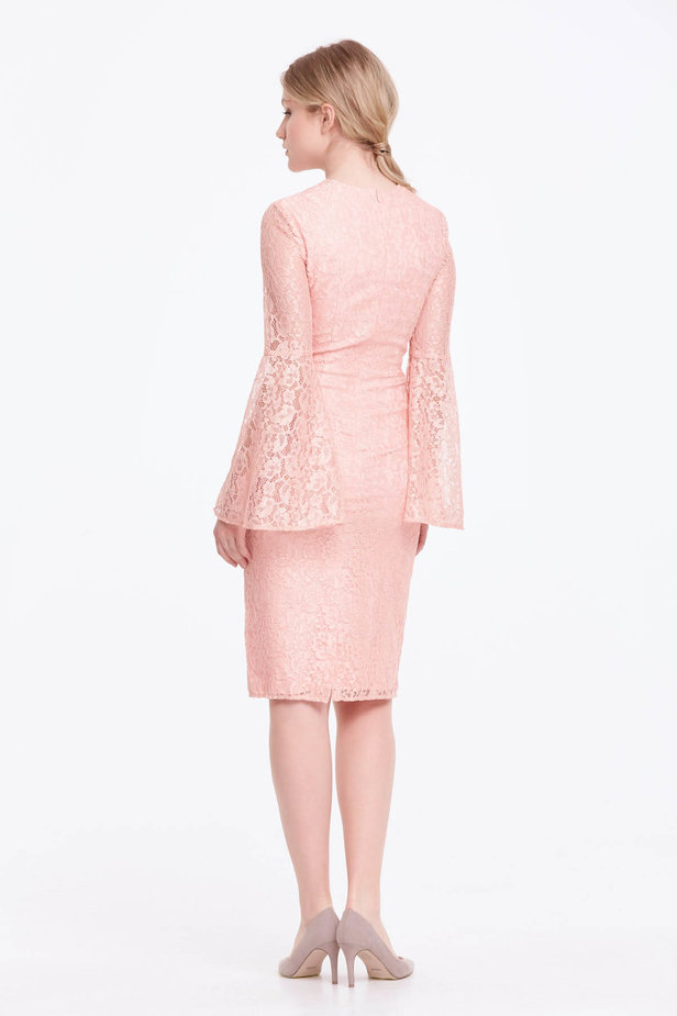 Column powder pink lace dress with flared sleeves photo 6 - MustHave online store