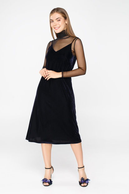 Dark blue velvet midi dress with thin straps