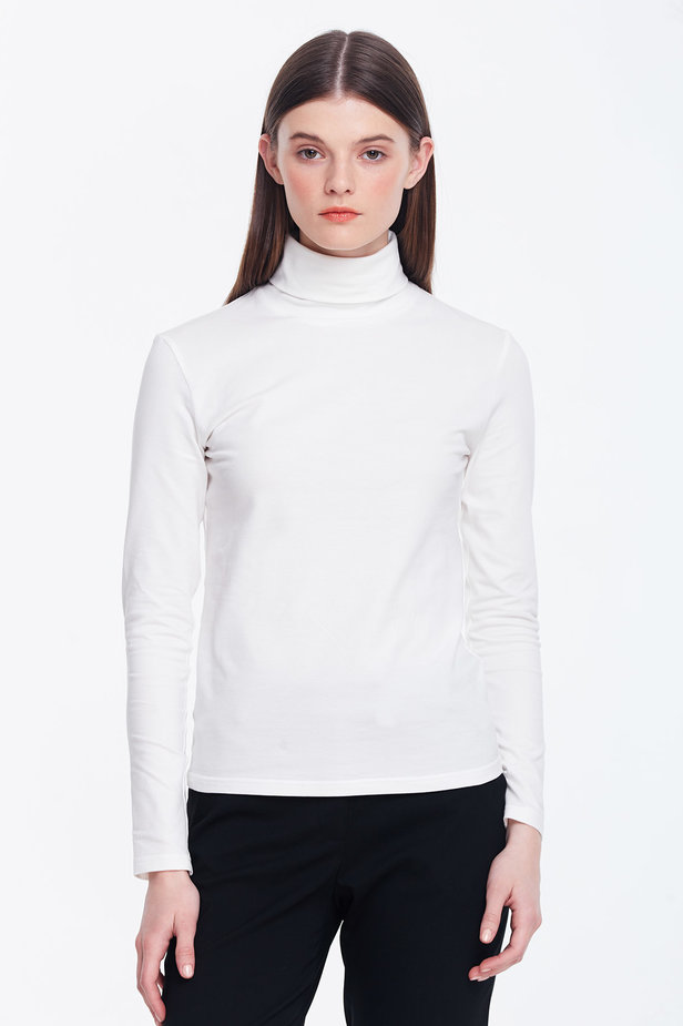 Milky polo neck photo 1 - MustHave online store