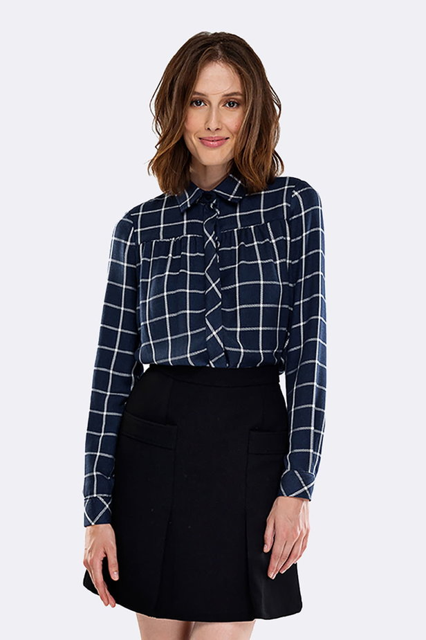 Checked shirt with pleats on the chest photo 1 - MustHave online store