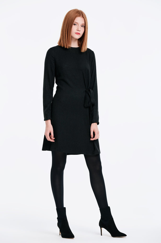 Black dress with ties photo 5 - MustHave online store