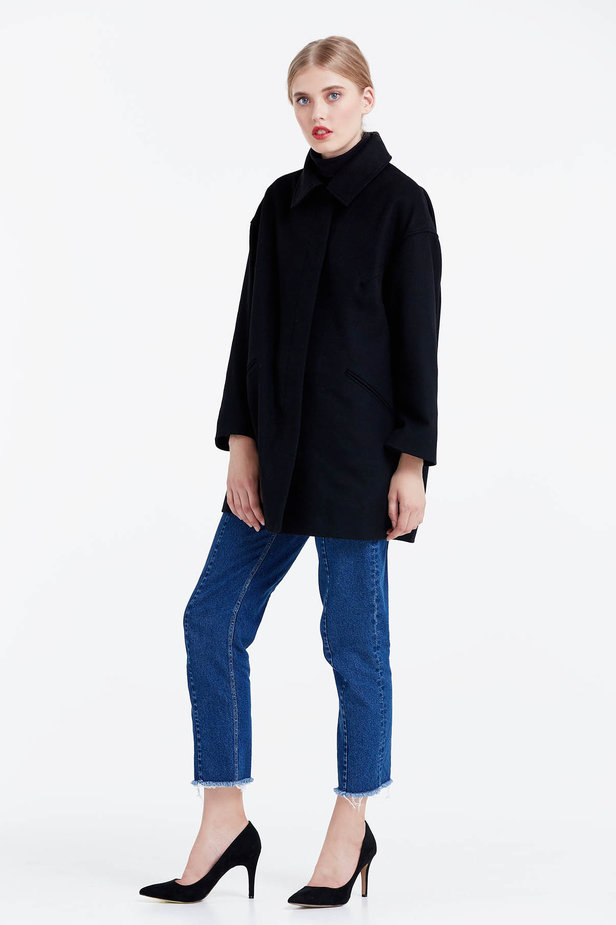 Black coat photo 2 - MustHave online store