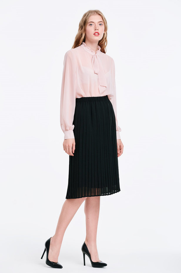Below the knee pleated black skirt photo 4 - MustHave online store