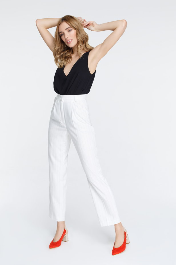 White pants with black stripes photo 5 - MustHave online store