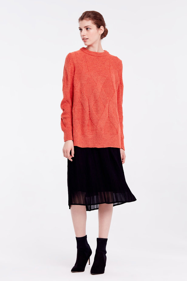 Orange free knit sweater photo 3 - MustHave online store