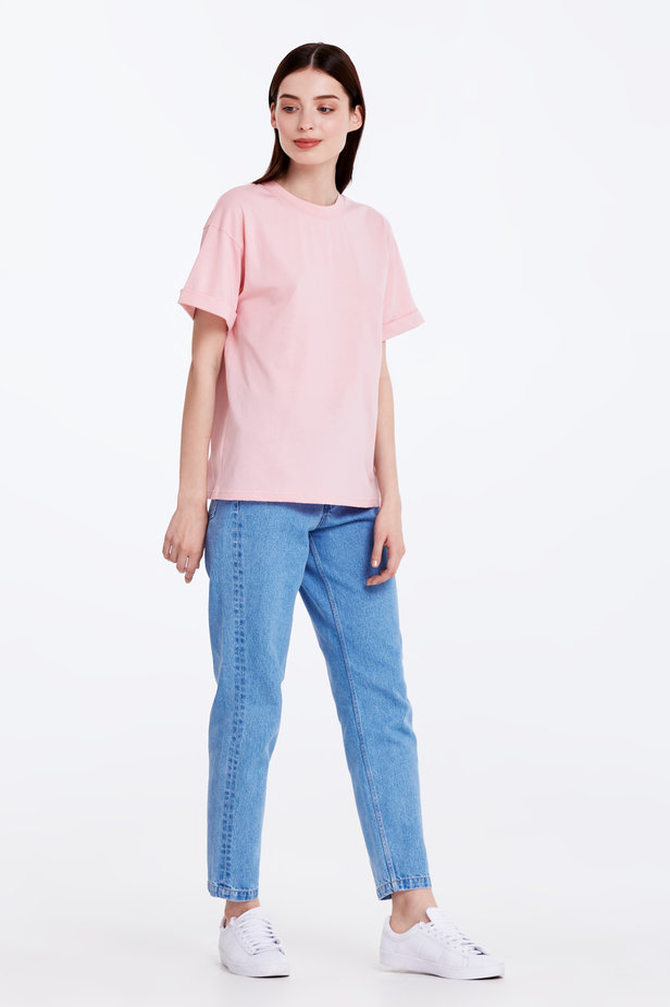 Loose-fitting pink T-shirt with cuffs photo 4 - MustHave online store