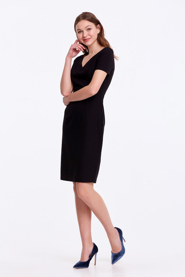 Column black dress with a V-shaped neckline photo 3 - MustHave online store