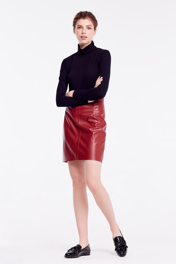 Short burgundy leather skirt photo 3 - MustHave online store