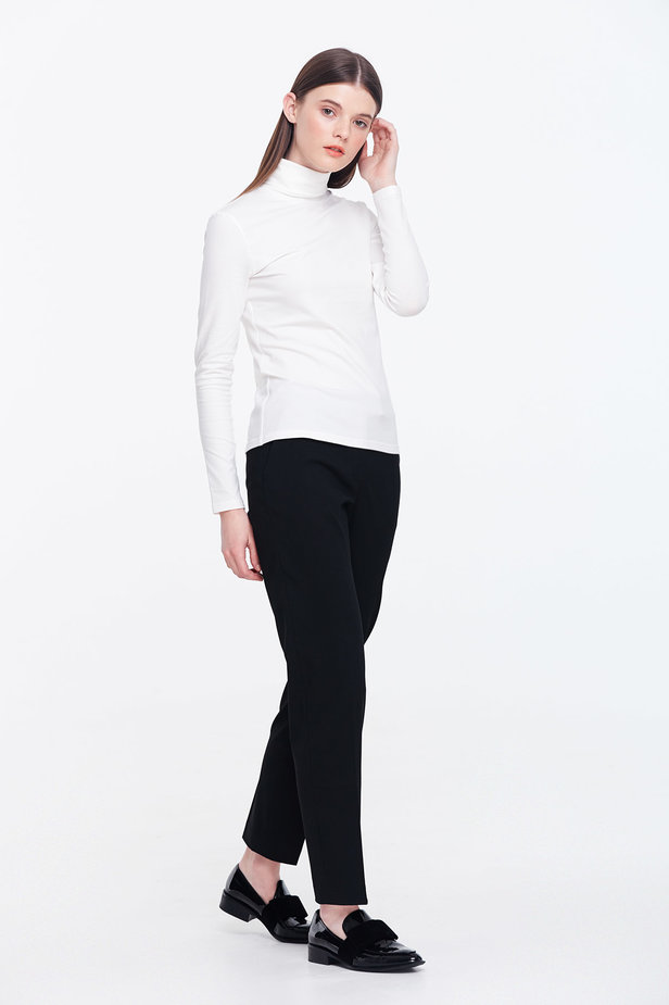 Milky polo neck photo 5 - MustHave online store