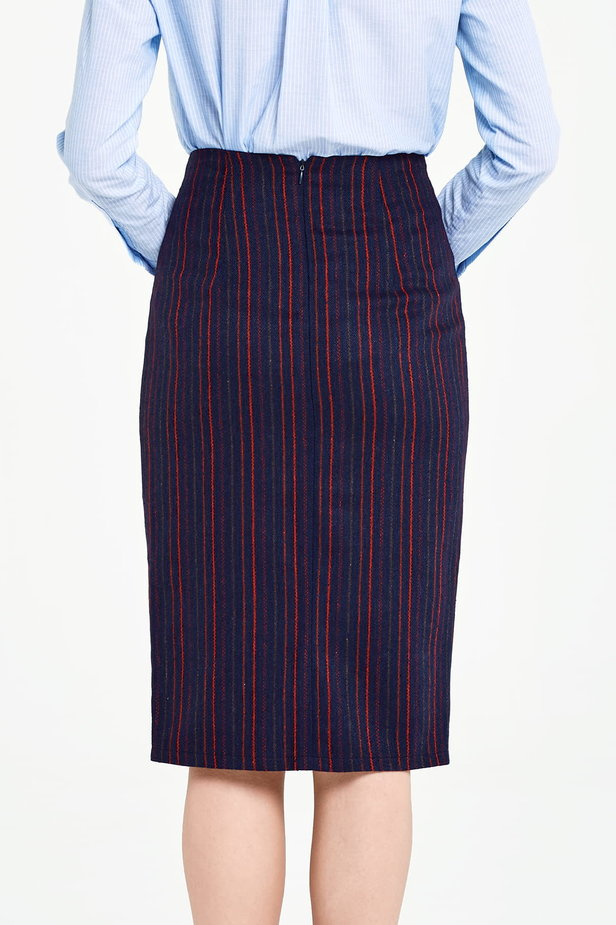 Below the knee dark blue pencil skirt with red stripes photo 3 - MustHave online store