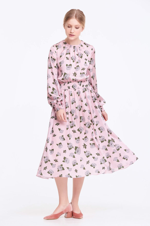 Pink dress with pleats and a floral print photo 4 - MustHave online store