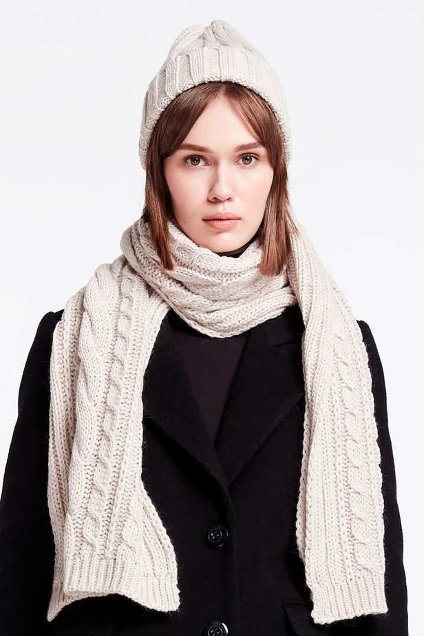 Milky knit scarf photo 1 - MustHave online store