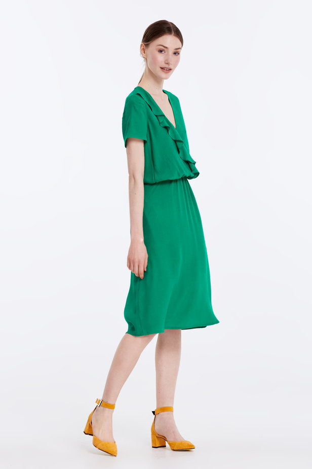 Green dress with ruffles photo 3 - MustHave online store