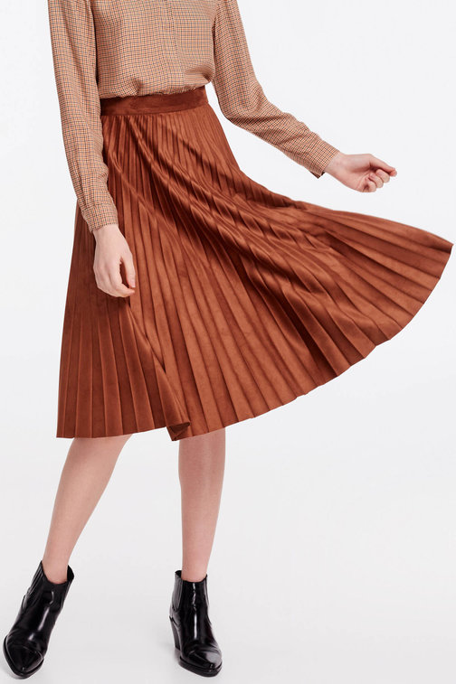 Brown suede pleated skirt